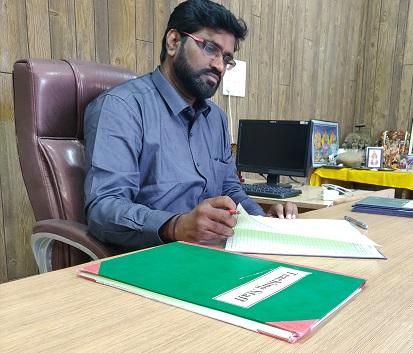 Dr. Umesh Vasant Sawant