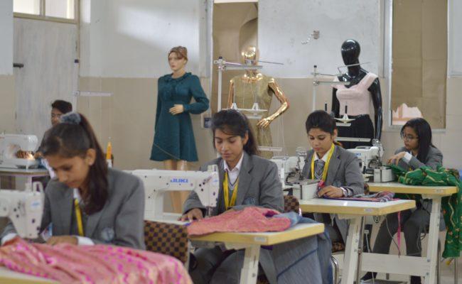 Fashion Designing in DBGI Dehradun (3)-min