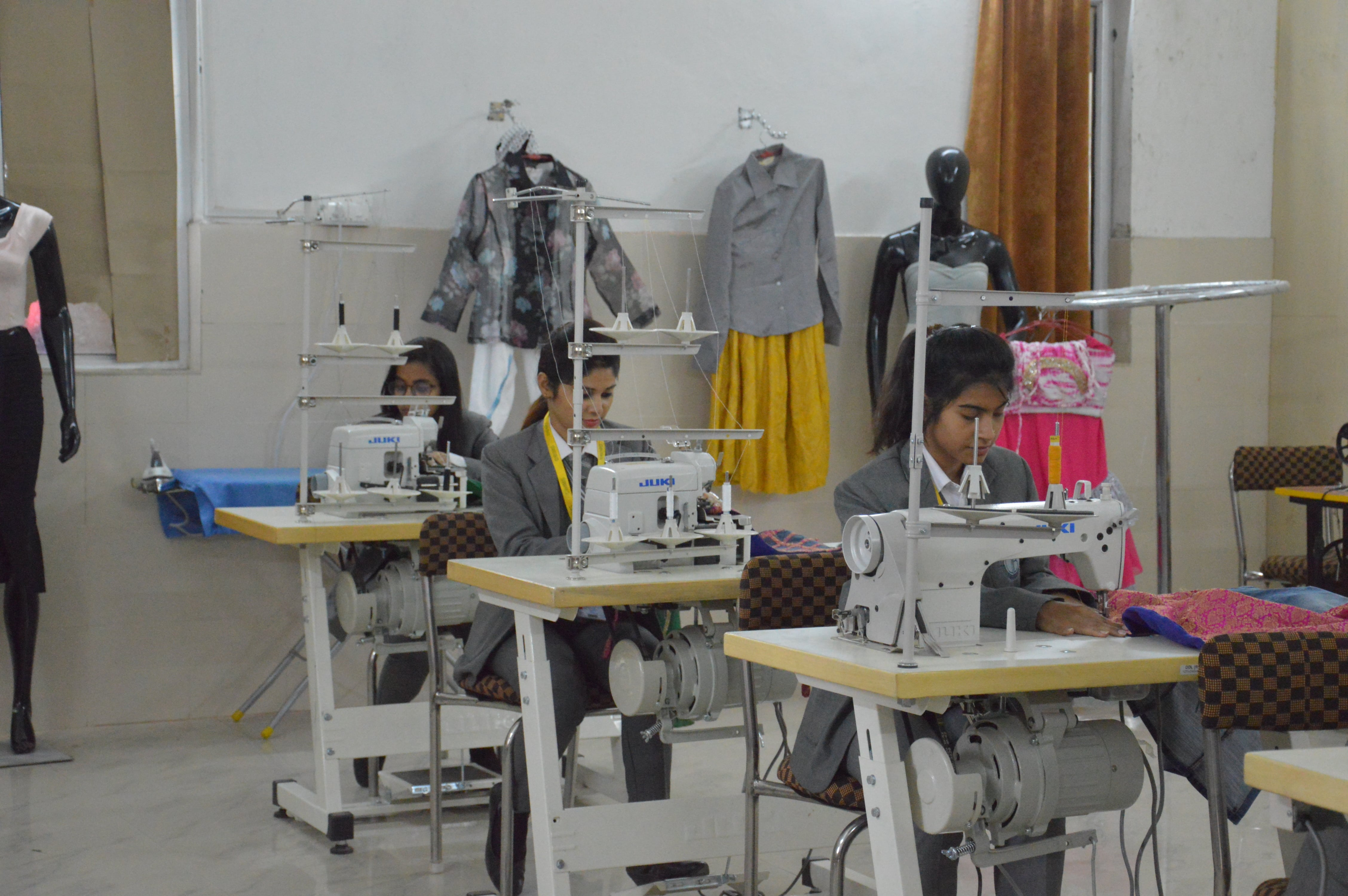Hand On Workshop In Department of Fashion Designing
