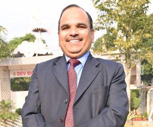 Dr. R K Tripathi