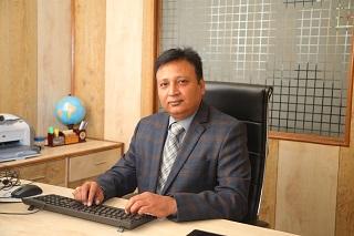 Dr. Manish Prateek